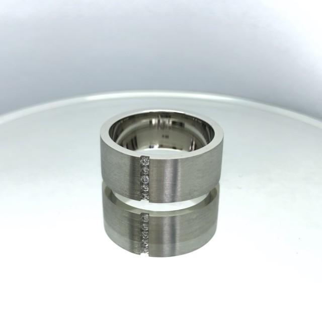 Кольцо из платины 411010