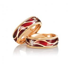 Золотое обручальное кольцо с эмалью 415161