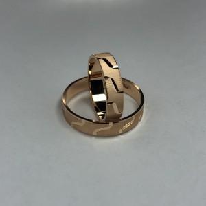 Золотое обручальное кольцо 411058