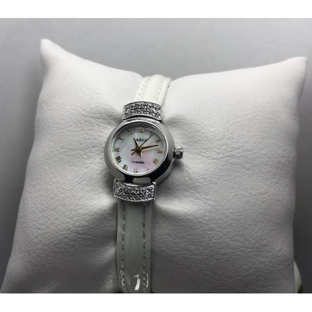 Серебряные часы женские 45