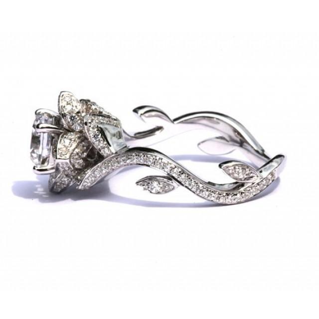 Золотое кольцо для помолвки 1195293
