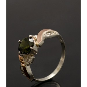 Серебряное кольцо 1033к