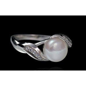 Серебряное кольцо с жемчугом 1755/9р Арчи