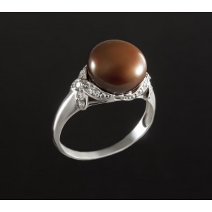 Серебряное кольцо с жемчугом 1765/9р Свежесть
