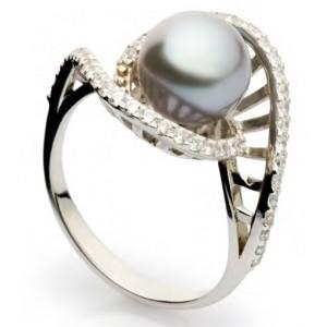 Золотое кольцо с жемчугом 11326803