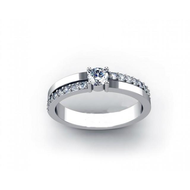Золотое кольцо для помолвки 11952102