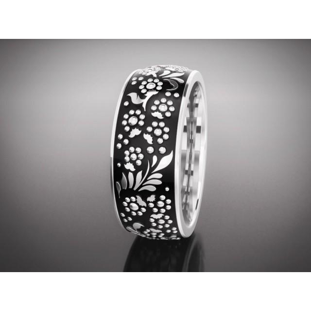 Золотое обручальное кольцо с эмалью 16009 фото