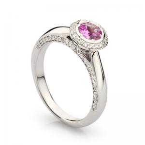 Золотое кольцо для помолвки 177 арт