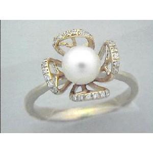 Золотое кольцо с жемчугом 3022744