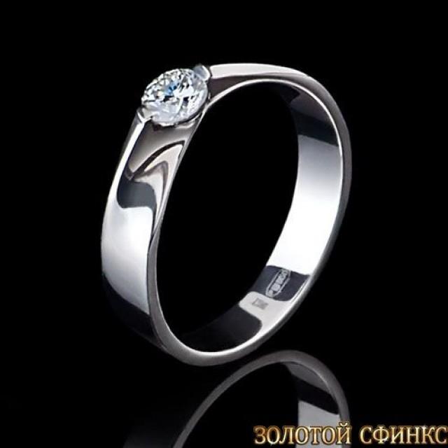 Кольцо из платины с бриллиантом 091117
