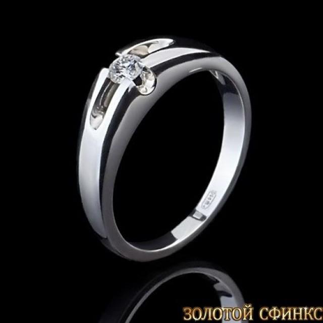 Кольцо из платины.с бриллиантом 091118