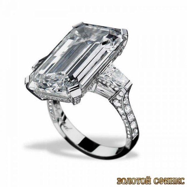 Золотое кольцо с бриллиантами 30022-1cd