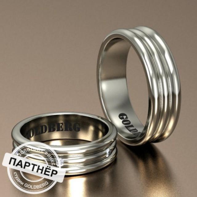 Золотое обручальное кольцо Goldberg 10-35