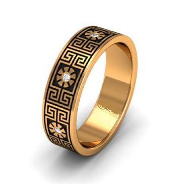 Золотое обручальное кольцо с эмалью 401105
