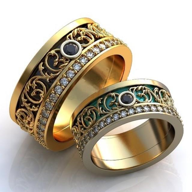 Золотое обручальное кольцо с эмалью 410140