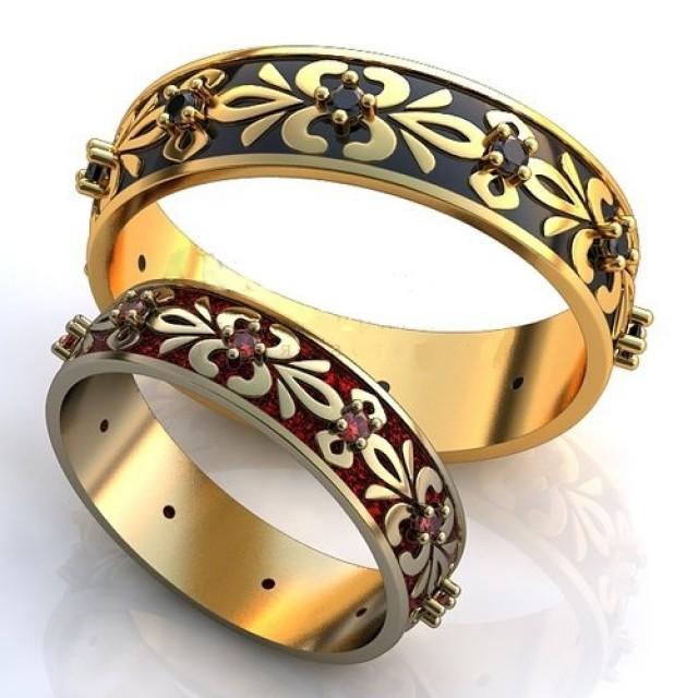 Золотое обручальное кольцо с эмалью 410155 фото
