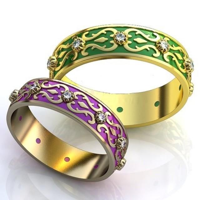 Золотое обручальное кольцо с эмалью 410170