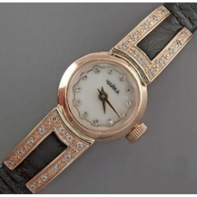 Золотые часы женские 32р
