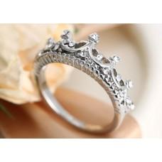 Кольцо корона: значение и как носить