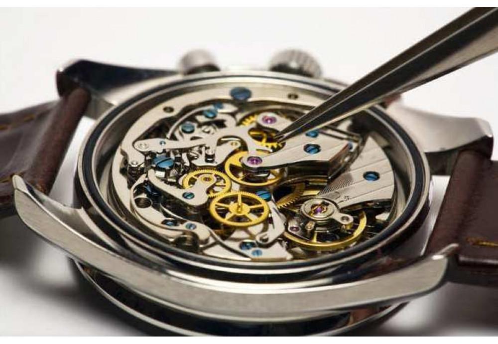 как чистить часы внутри