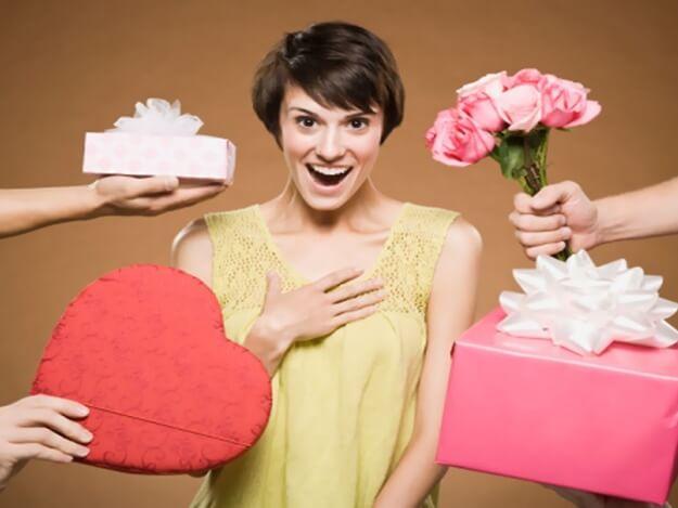 как дарить подарок на 8 марта