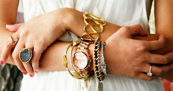 можно ли носить золотое кольцо с серебряным